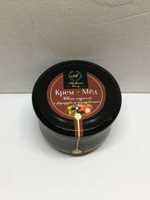 Крем мёд шоколадный с фундуком и клубникой