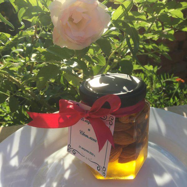 Миндаль в мёде подарочный