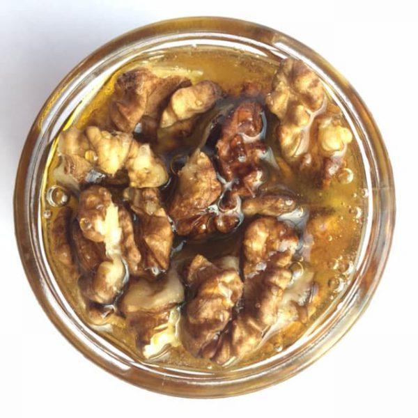 Грецкий орех в мёде 100 мл