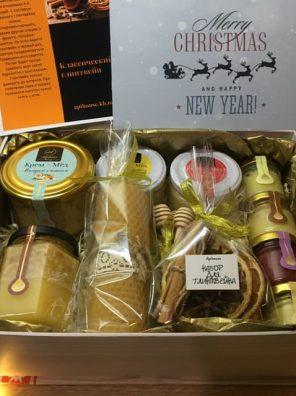 Большой подарочный новогодний набор крем мед