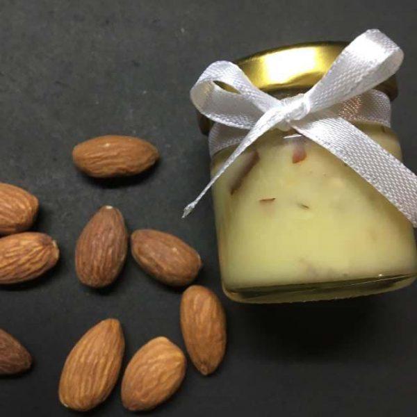 Бонбоньерки крем-мёд с миндальным орехом